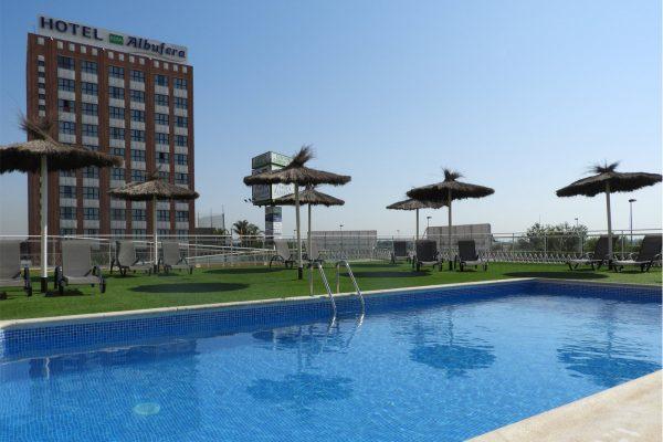 Aparthotel-albufera-piscina